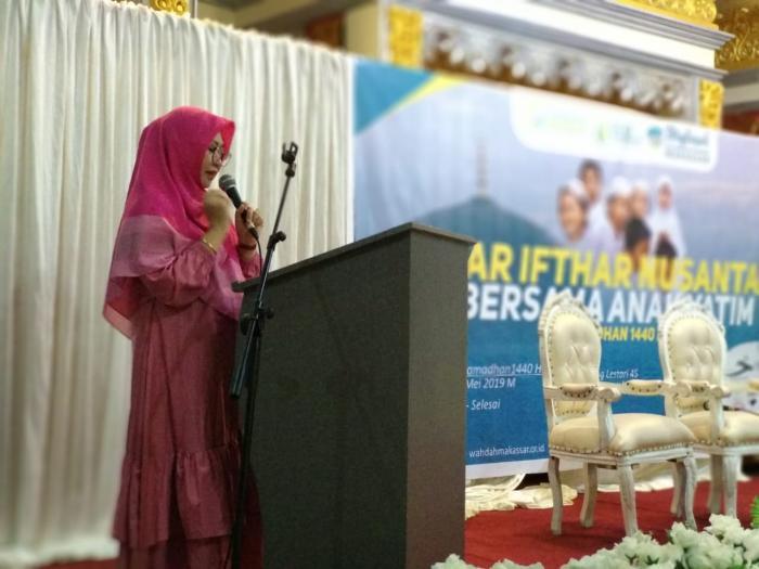 Kepala Bidang Organisasi Dinas Sosial Makassar Apresiasi Tebar Ifthar Muslimah Wahdah Islamiyah