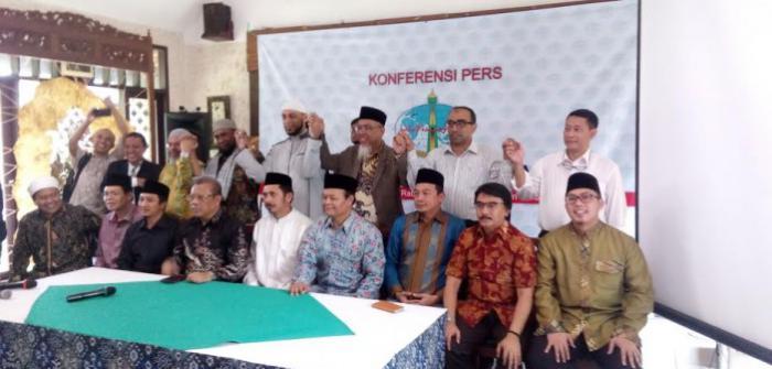Konferensi Pers Tokoh Islam Nasional Dukung Ustadz Zaitun dan Wahdah Islamiyah