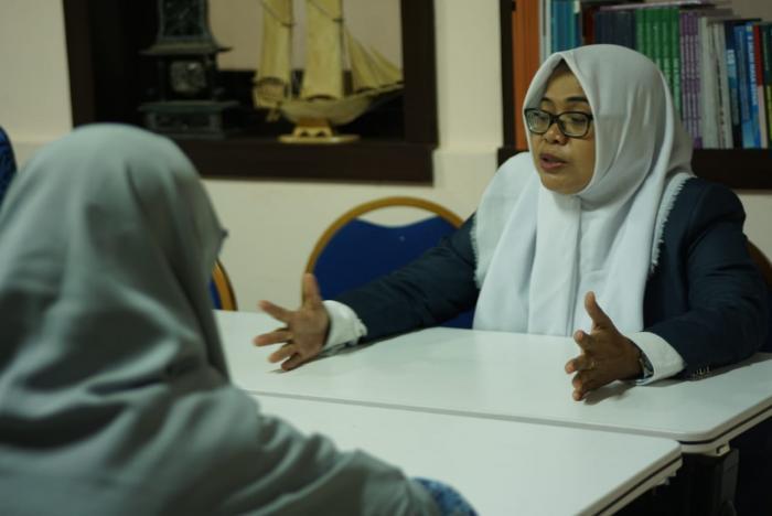 Muslimah Wahdah Makassar Jalin Silaturahmi Bersama Kepala Dinas Pemberdayaan Perempuan