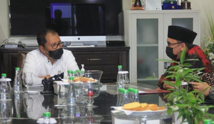 Jelang Pengukuhan, Wahdah Makassar Silaturahim dengan Wali Kota Makassar