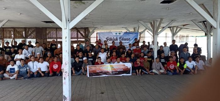 Peserta DIROSA Wahdah Makassar Eratkan Ukhuwah Lewat Rihlah